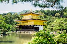 Free Pagoda Beside Tree S And River Royalty Free Stock Images - 82959389