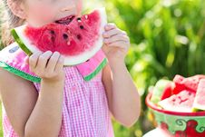 Free Young Girl Eating Watermelon Stock Images - 82959874