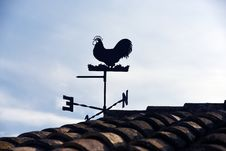 Free Wind Vane Beside Roof Stock Images - 82960704