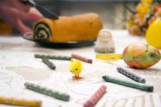 Free Easter Eggs And Crayons Royalty Free Stock Photography - 82960847