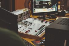 Free Mixing Board In Sound Studio Royalty Free Stock Images - 82961369