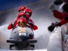 Free Bobsled Team On Course Stock Photo - 82961630