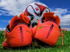 Free Soccer Boots And Ball Stock Photography - 82961972