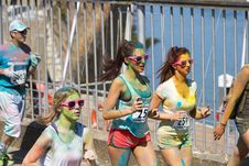 Free Joggers Taking Part In Marathon Race Stock Photo - 82962660