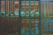 Free Metal Cargo Containers Royalty Free Stock Photos - 82963658