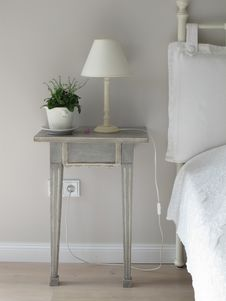 Free White Table Lamp On Gray Side Table Stock Photography - 82963882