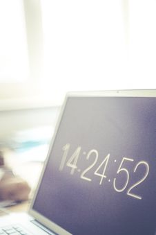 Free Clock Screensaver On Laptop Royalty Free Stock Photo - 82978265