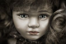 Free Doll With Grey Eyes And Brown Hair Royalty Free Stock Image - 82978406