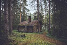 Free Cabin In Woods Royalty Free Stock Photos - 82978598