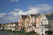 Free Residential Neighborhood Royalty Free Stock Photography - 82978667