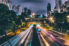 Free Highway Through City At Night Royalty Free Stock Photos - 82979348