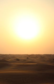 Free Sun Set Over Desert Dunes Stock Photography - 82979692