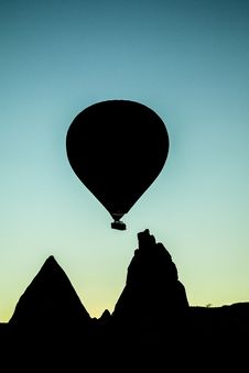 Free Silhouette Of Hot Air Balloon Royalty Free Stock Image - 82979816