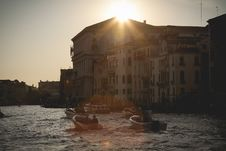 Free Boats In Venice, Italy At Sunset Stock Image - 82980431