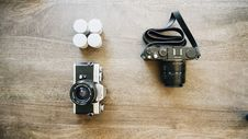 Free Cameras And Films Royalty Free Stock Photography - 82981657