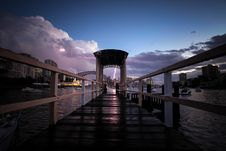 Free Black Pier During Sunset Stock Photography - 82982352