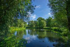 Free Green Trees And Lake Photo Royalty Free Stock Photo - 82982555