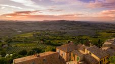 Free Sunset Over Countryside Royalty Free Stock Photos - 82983708