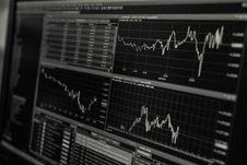 Free Stock Trading Software Charts Royalty Free Stock Images - 82984799