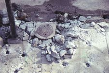 Free Concrete Rubble Stock Photography - 82985092