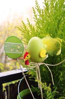 Free Easter Decorations In Plant Stock Photos - 82986343