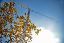 Free Construction Crane Against Blue Skies Royalty Free Stock Photos - 82986348