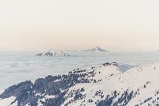 Free Alpine Landscape In Winter Royalty Free Stock Photo - 82986605