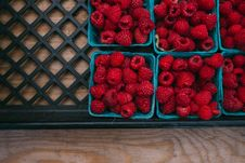 Free Strawberries On Blue Square Container Royalty Free Stock Images - 82986719