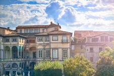 Free Italian Architecture Royalty Free Stock Photo - 82987075