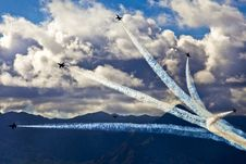 Free Jet Fighters In Air Show Royalty Free Stock Images - 82988699