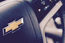 Free Black Chevrolet Steering Wheel Stock Photography - 82989032
