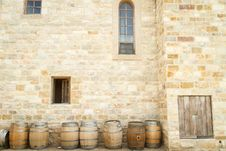 Free Barrels Outside Castle To Store Maturing Wine Stock Photography - 82991732