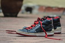 Free Black And Red Leather Puma Lace Up High Top Shoes Stock Image - 82993051