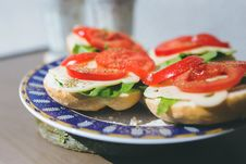 Free Sandwiches With Cheese, Lettuce And Tomato On A Plate Stock Photos - 82993083