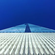 Free Blue And White Building Under Blue Sky During Daytime In Low Angle Photography Royalty Free Stock Photo - 82993175