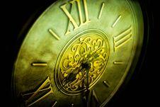 Free Gray Roman Numeral Clock Stock Photo - 82993690