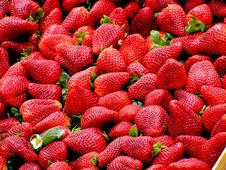 Free Red Strawberries Stock Photos - 82994833