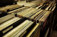 Free Vinyl Albums Stack In Boxes Stock Photography - 82995042