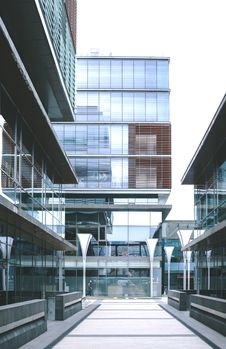 Free Clear Glass Building Royalty Free Stock Photography - 82995767
