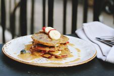 Free Pancakes With Fruits Stock Images - 82998494