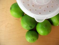 Free Lime Squeeze 3 Royalty Free Stock Image - 832256