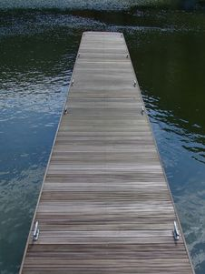 Free Wooden Pier Stock Photography - 832992