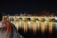 Free Bridge Of Paris At Night Royalty Free Stock Photos - 8300188