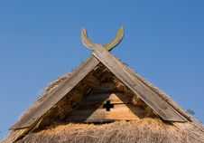 Free Thatch Roof Royalty Free Stock Images - 8302679