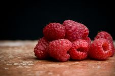Free Raspberries On Pink Slate Royalty Free Stock Images - 8302859