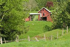 Free Hillside Farm Scene Stock Image - 8304621