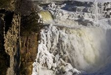 Free Waterfall In Winter Stock Images - 8307914