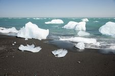 Icebergs In Sea Royalty Free Stock Images
