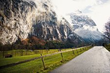 Free Country Road Through Mountains Royalty Free Stock Photography - 83008227