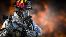 Free Firefighter In Full Gear Royalty Free Stock Photos - 83010128